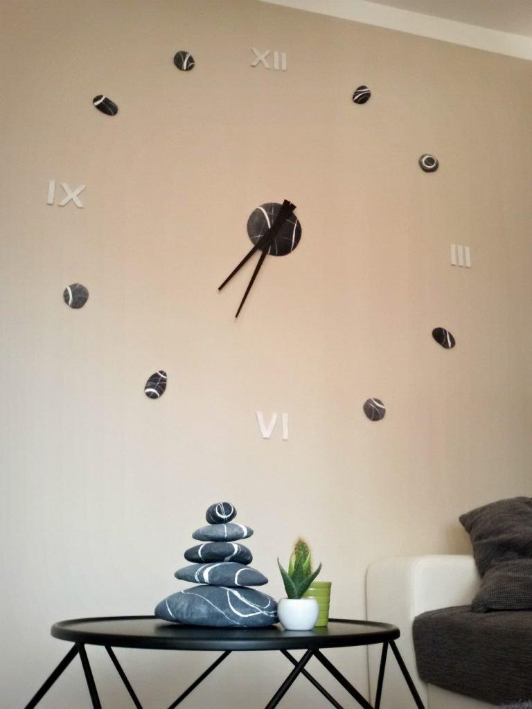 valorizzare parete con orologio